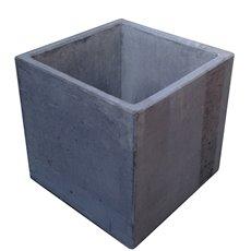 The DropPit The DropPit - Sokkel beton - grijs